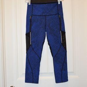 """Lululemon Leggings Blue & Black 21"""" Inseam"""